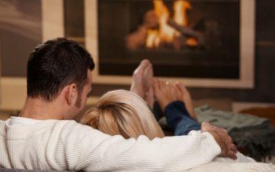 Als je een date hebt terwijl je thuis bij je ouders woont, heb je deze 3 tips nodig